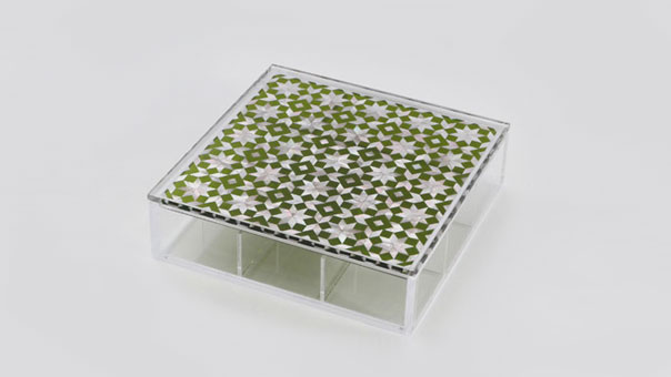 CLEAR tea box